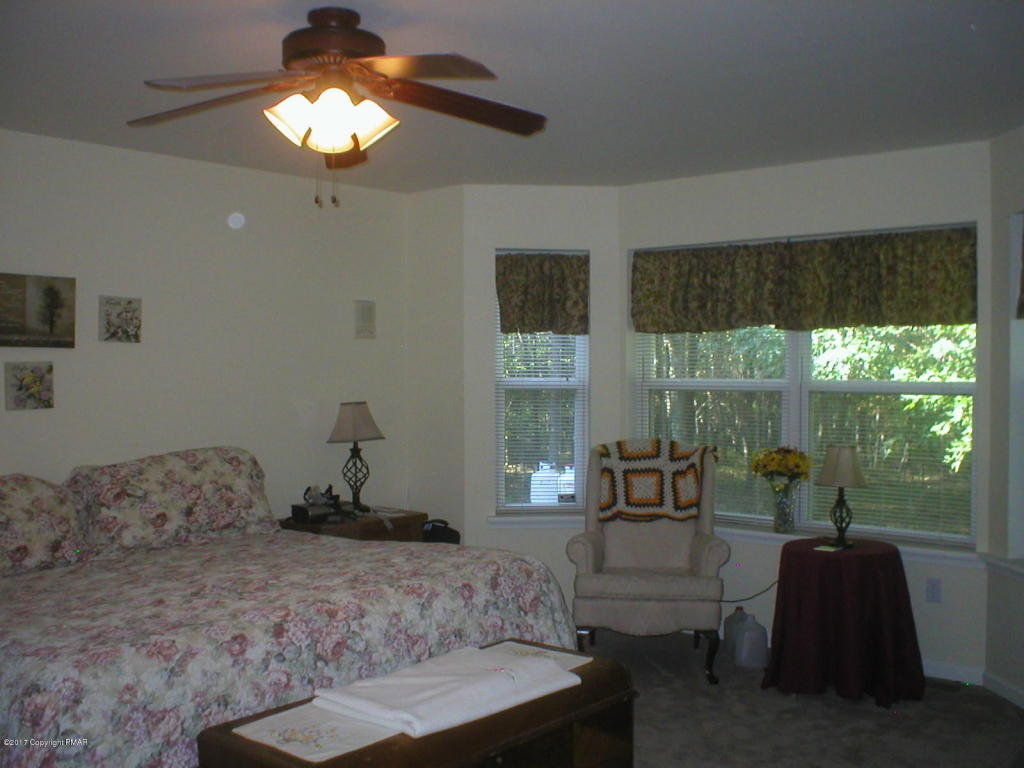 457 Kilmer Trl, Albrightsville, PA 18210