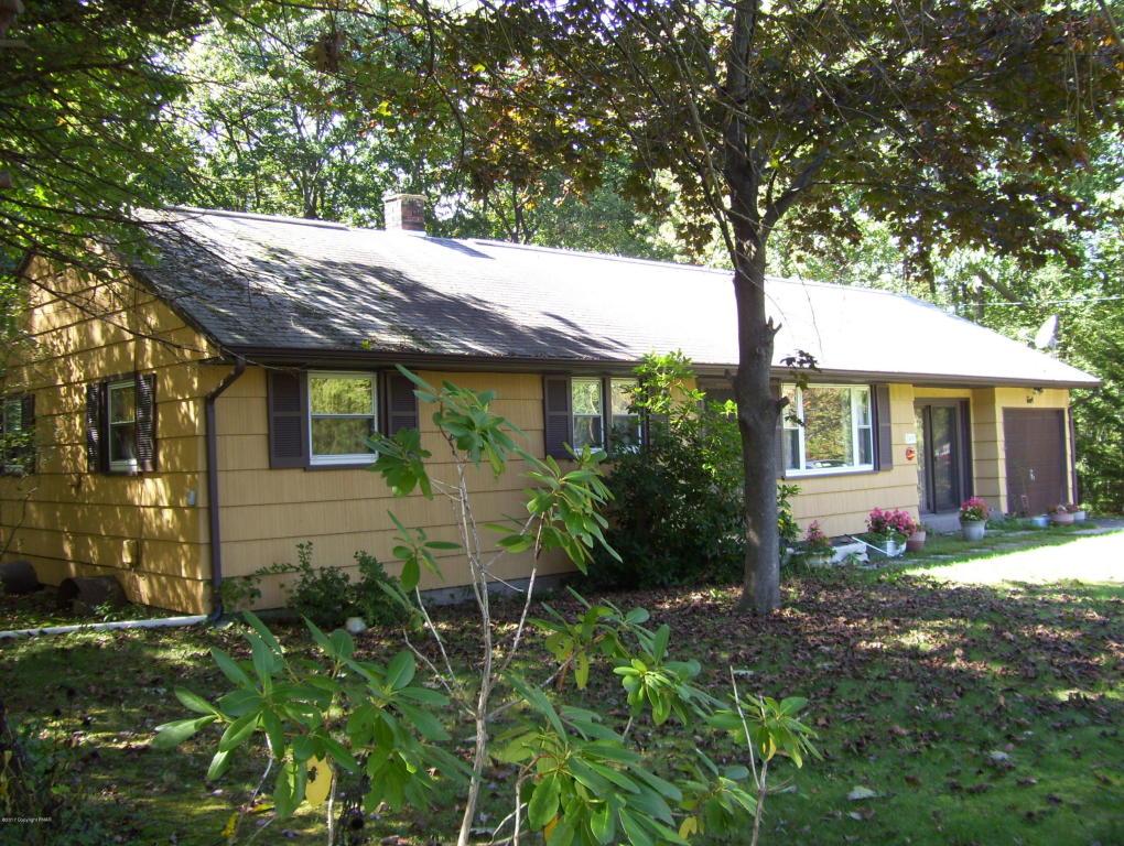 249 Winona Rd, Mount Pocono, PA 18344