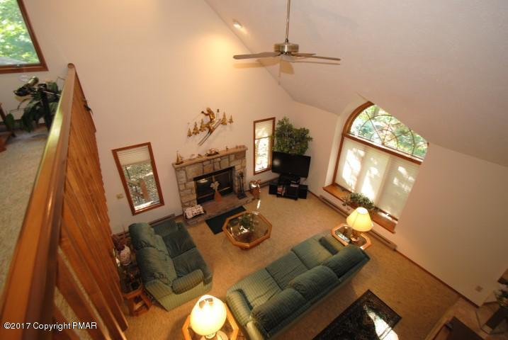 1178 Manor Hill Road, Pocono Pines, PA 18350