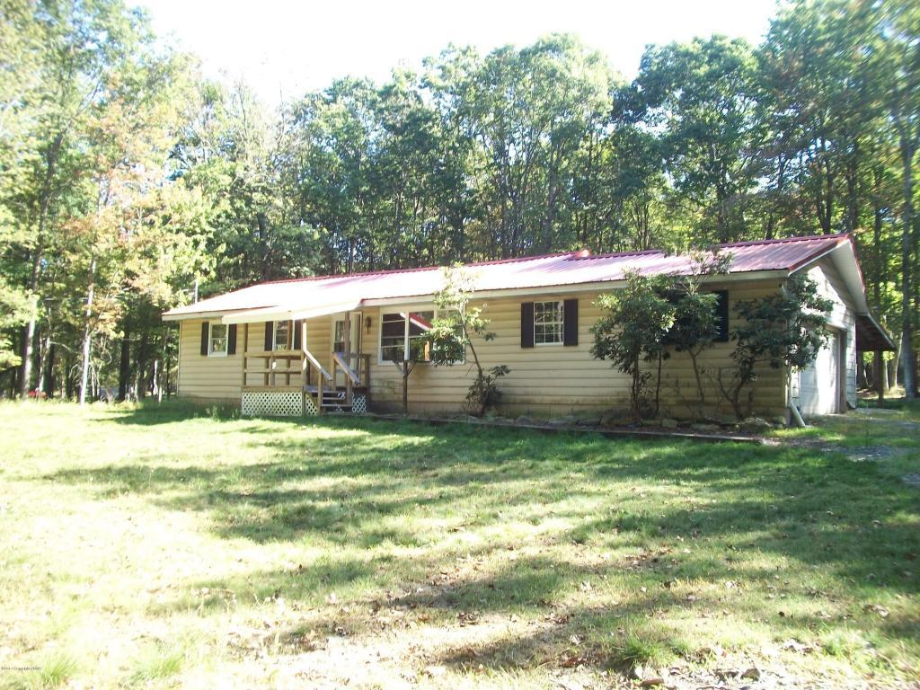 400 Sullivan Trl, Long Pond, PA 18334