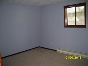 6423 Marvin Gdns, Tobyhanna, PA 18466