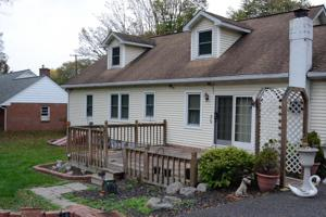 309 E Broad St, East Stroudsburg, PA 18301