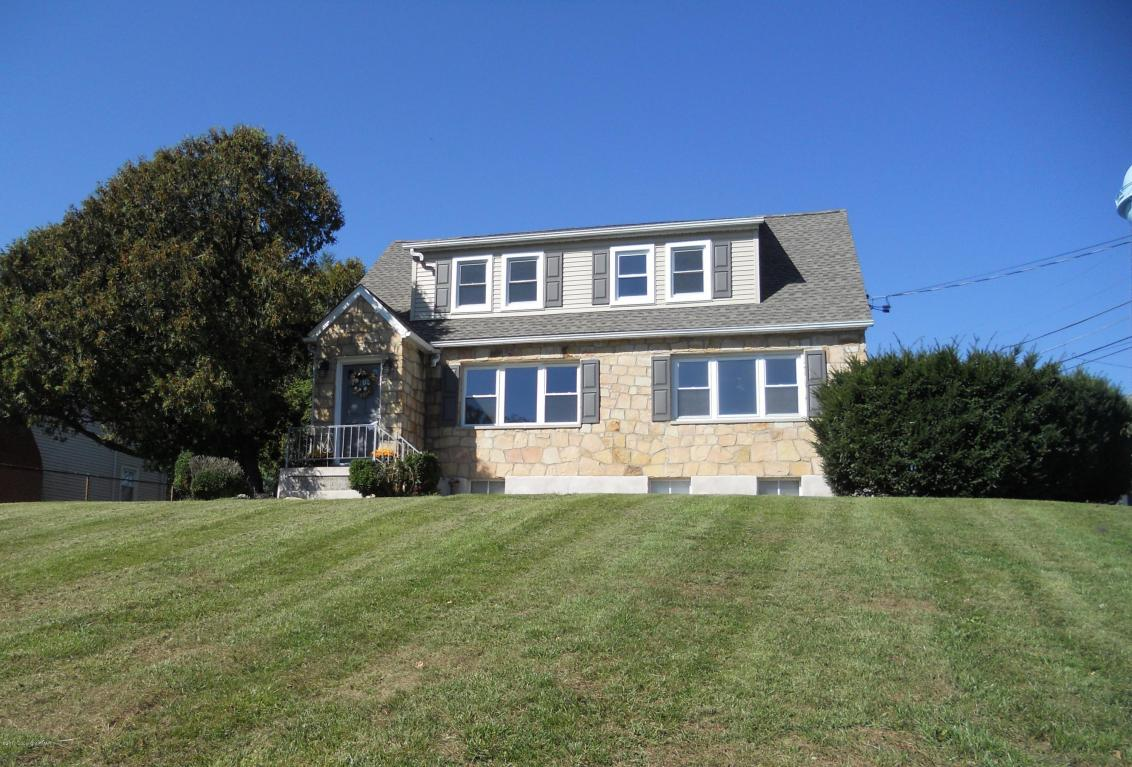 1105 Upper Pennsylvania Ave, Bangor, PA 18013