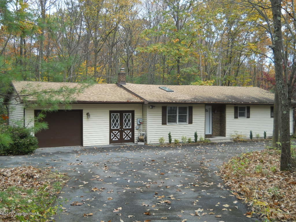 284 Sundance Rd, Effort, PA 18330