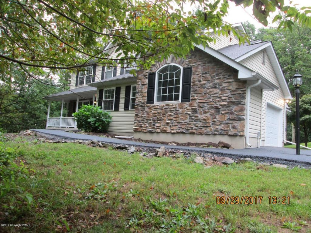 1670 Red Pine Ln, Effort, PA 18330