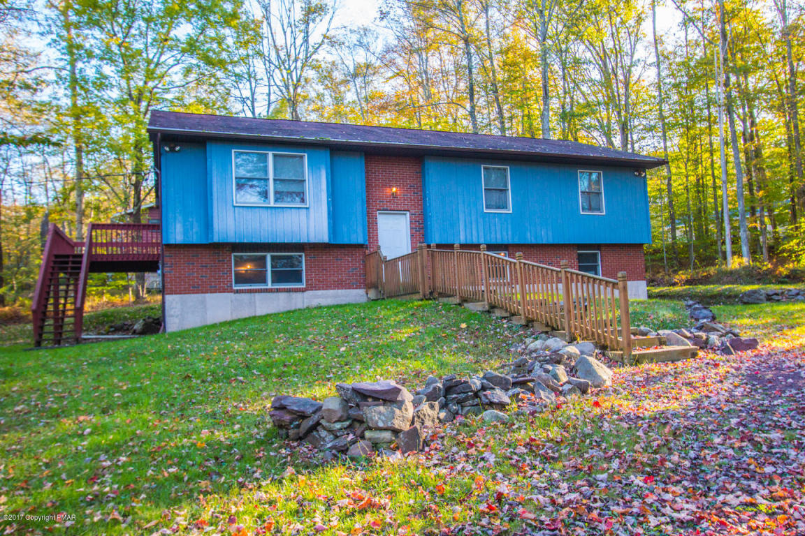6146 Beech Rd, White Haven, PA 18661