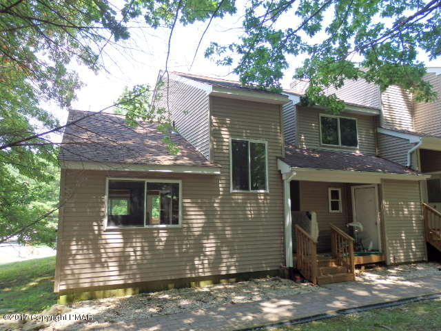 3322 Windermere Drive, Bushkill, PA 18324