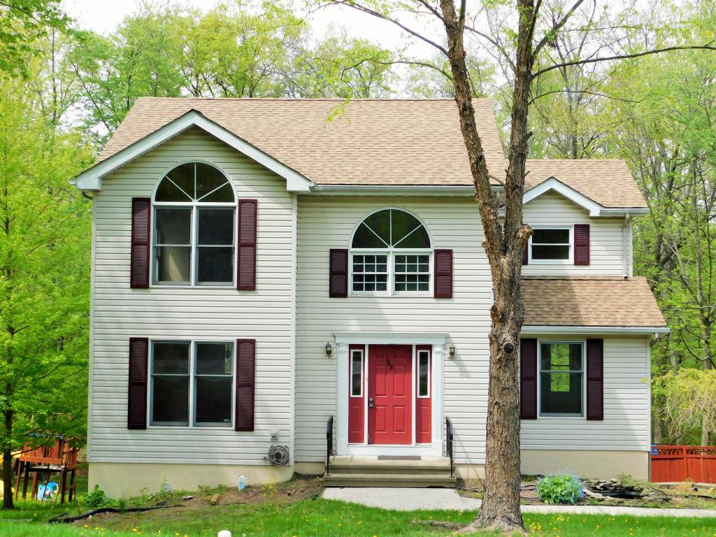 668 Ave C, Stroudsburg, PA 18360