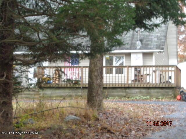 1231 Lace Dr, East Stroudsburg, PA 18302