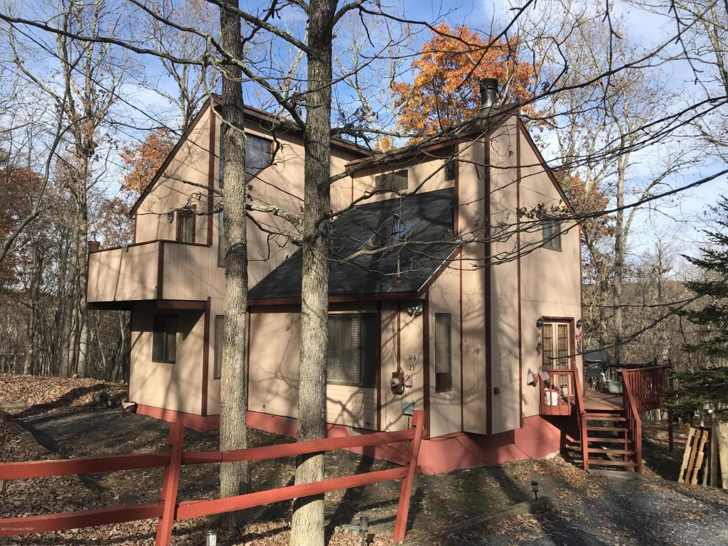 164 Harvard Ct., Bushkill, PA 18324