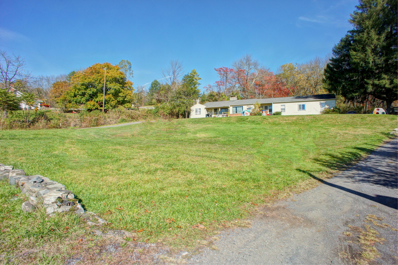 1444&1450 N 9th St, Stroudsburg, PA 18360