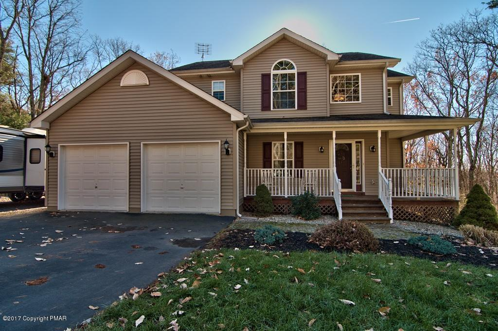 2512 Highview Dr, Brodheadsville, PA 18322