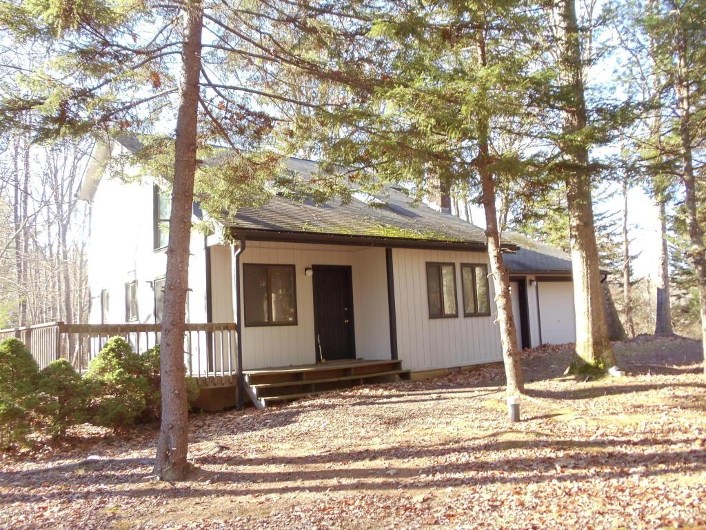 236 Moseywood Rd, Lake Harmony, PA 18624