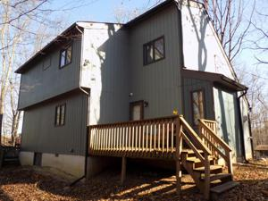 257 Overlook Dr, East Stroudsburg, PA 18301