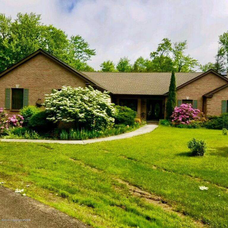 2273 Green Rd, Tobyhanna, PA 18466