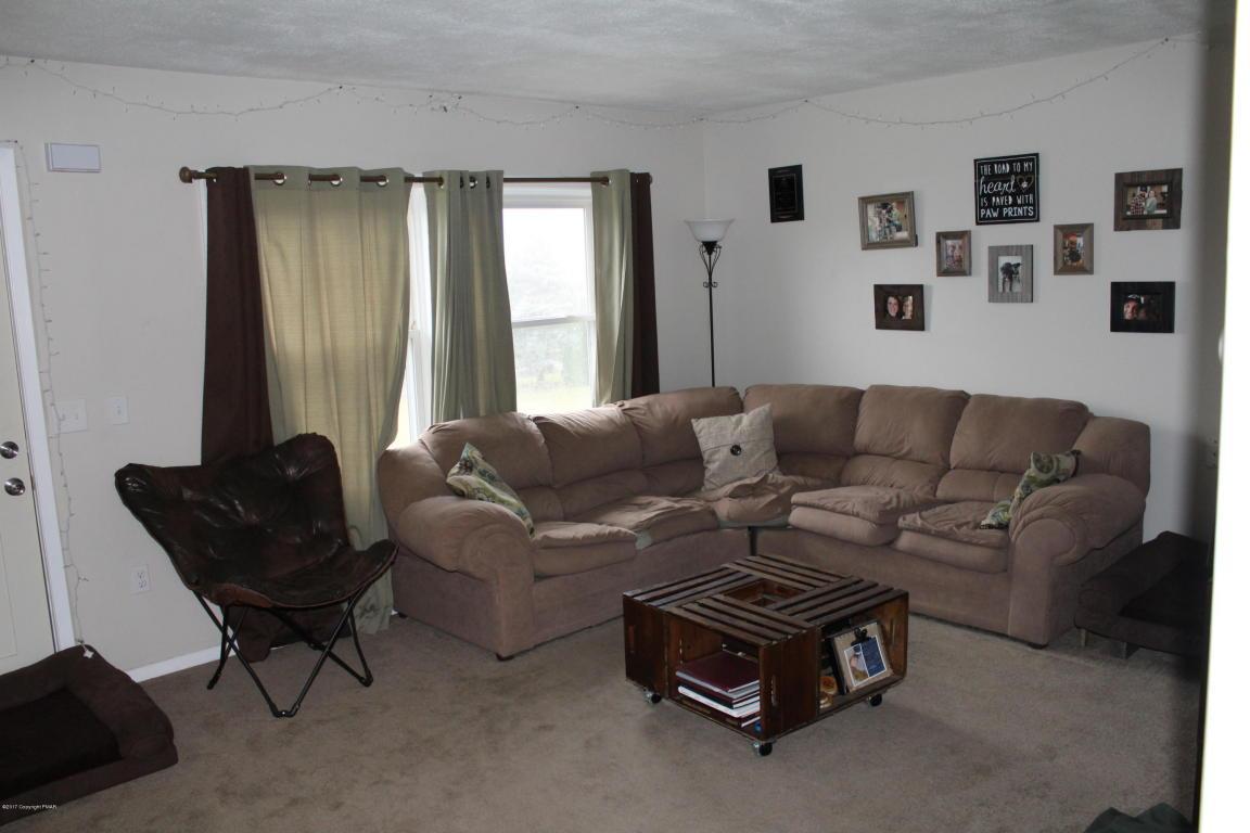 51 Hawk Rd, Lehighton, PA 18235