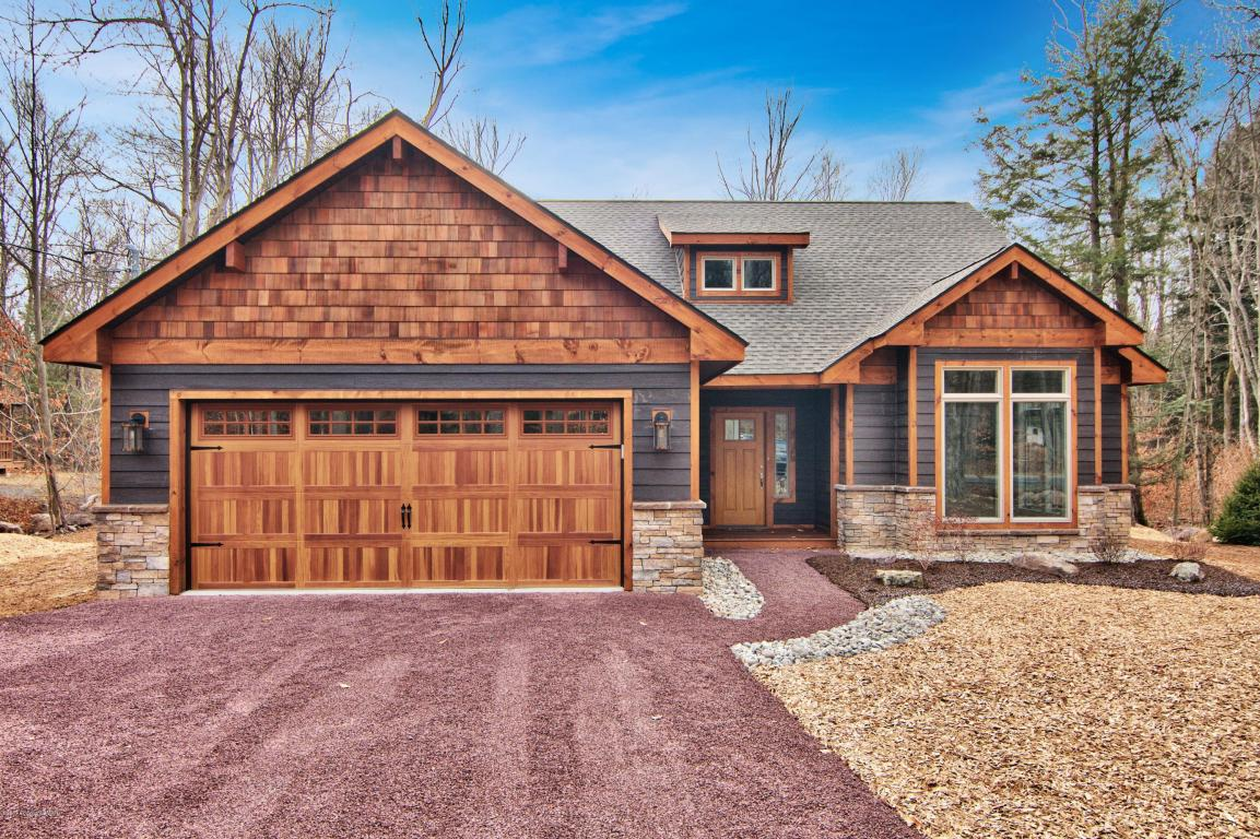 1149 Deer Trail Rd, Pocono Pines, PA 18350
