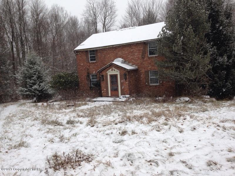715 Stoney Hollow Rd., Pocono Lake, PA 18347