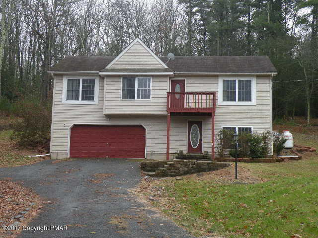 658 Bartonsville Woods Rd, Stroudsburg, PA 18360