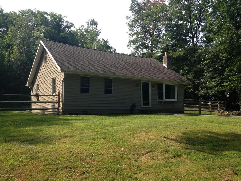 423 Shady Oaks Dr W, Saylorsburg, PA 18353