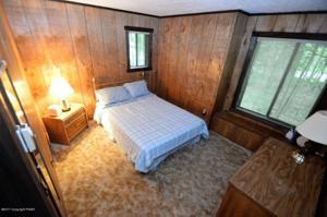 184 Boones Trl, Pocono Pines, PA 18350