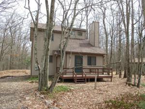 267 Towamensing Trail, Albrightsville, PA 18210