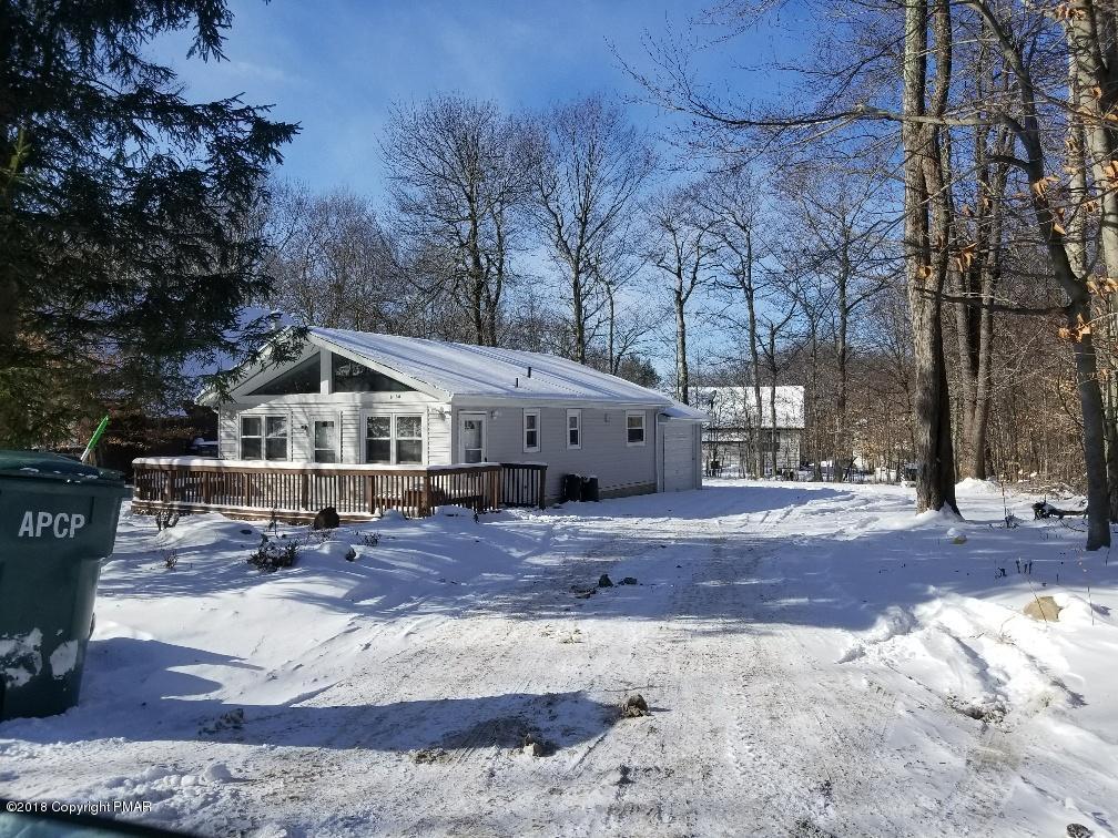 4705 Norwood Ln, Tobyhanna, PA 18466