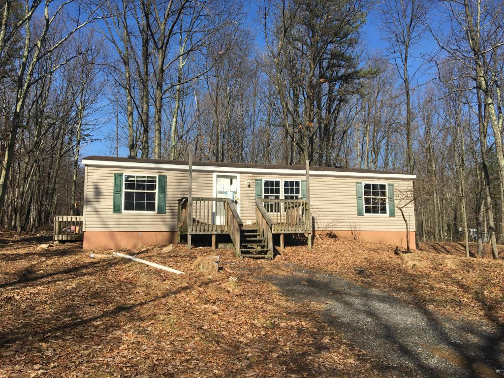 1109 Bayberry Rd, Effort, PA 18330