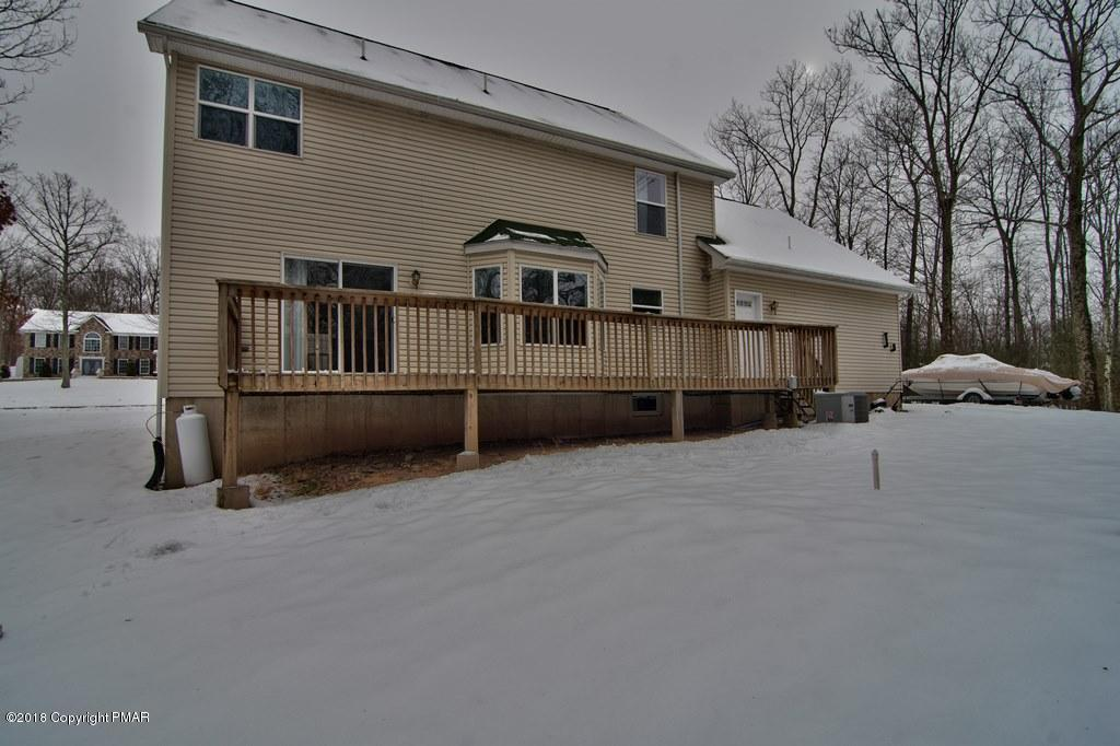 400 Sycamore Dr, East Stroudsburg, PA 18301