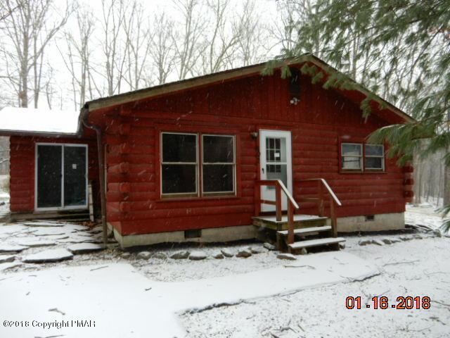 202 Sellersville Dr, East Stroudsburg, PA 18302