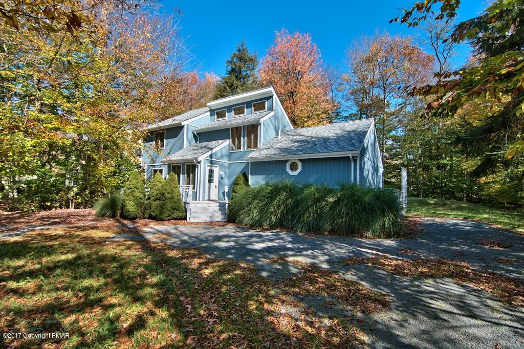 328 Canoe Brook Rd, Pocono Pines, PA 18350