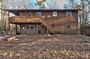 117 Estates Dr, Lake Harmony, PA 18624