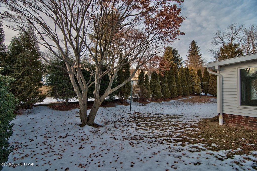 1325 Orchard Ln, Jim Thorpe, PA 18229
