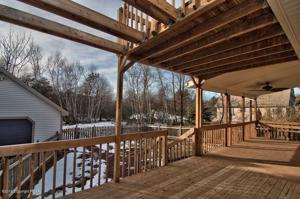 59 Penn Forest Trl, Albrightsville, PA 18210