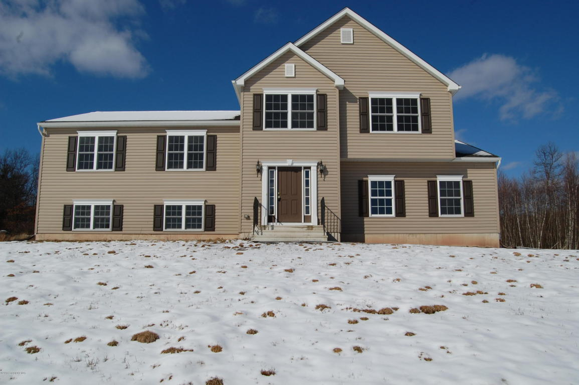 449 Mcilhaney Rd, Stroudsburg, PA 18360