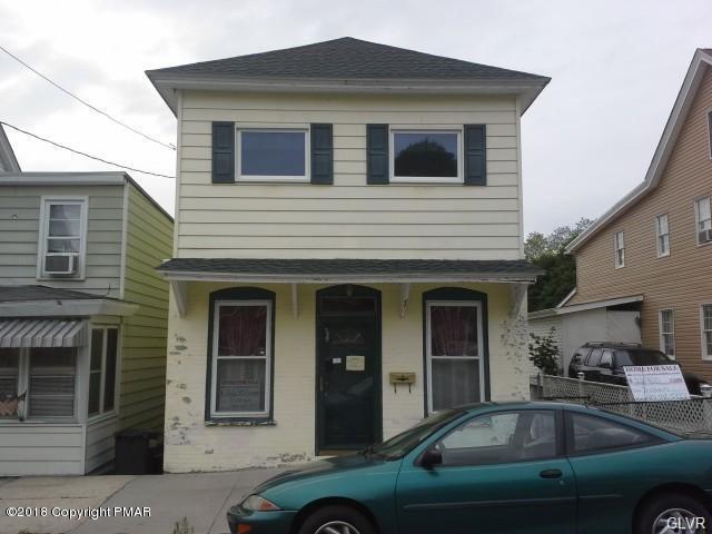 440 W White St, Summit Hill, PA 18250