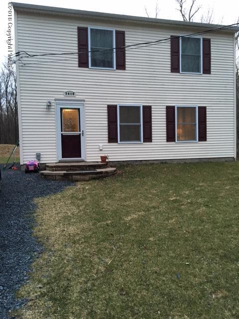 375 Wobbly Barn Rd, Henryville, PA 18332