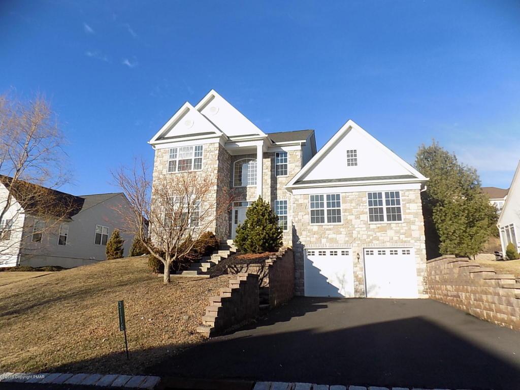 3116 Pine Valley Way, East Stroudsburg, PA 18302