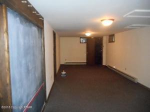 1515 Mohawk Ave, Effort, PA 18330