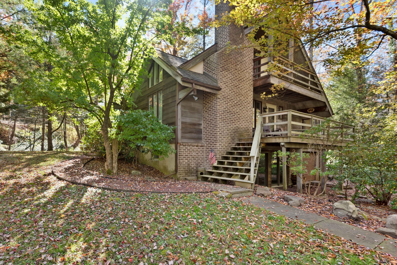 3139 Old Lake Ave, Pocono Pines, PA 18350