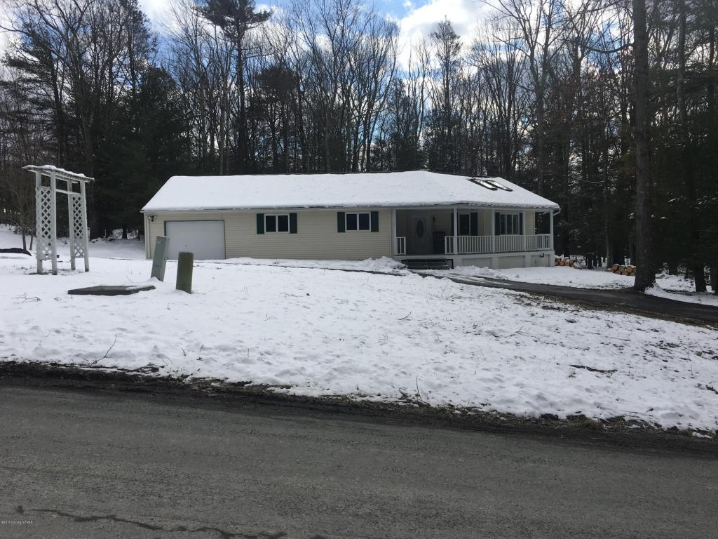 543 White Birch Dr, Saylorsburg, PA 18353