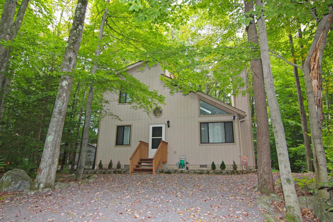 118 Fala Ct, Pocono Lake, PA 18347