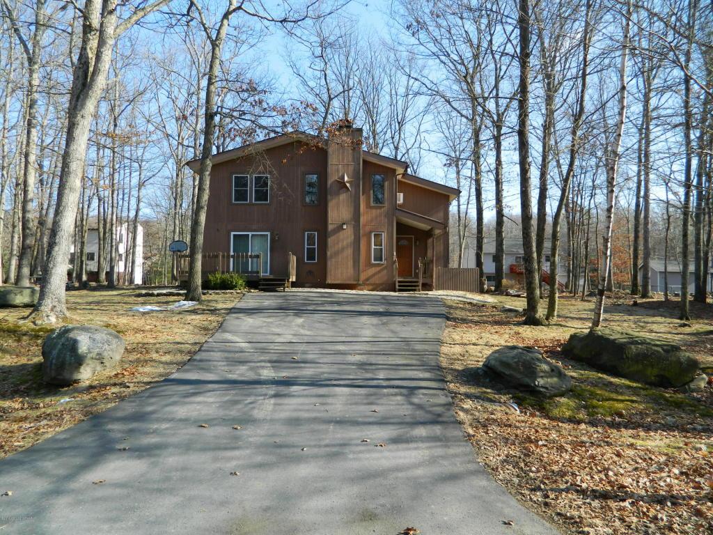4261 Woodacres Dr, East Stroudsburg, PA 18301