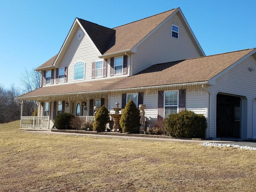 349 Orchard View Dr, Effort, PA 18330