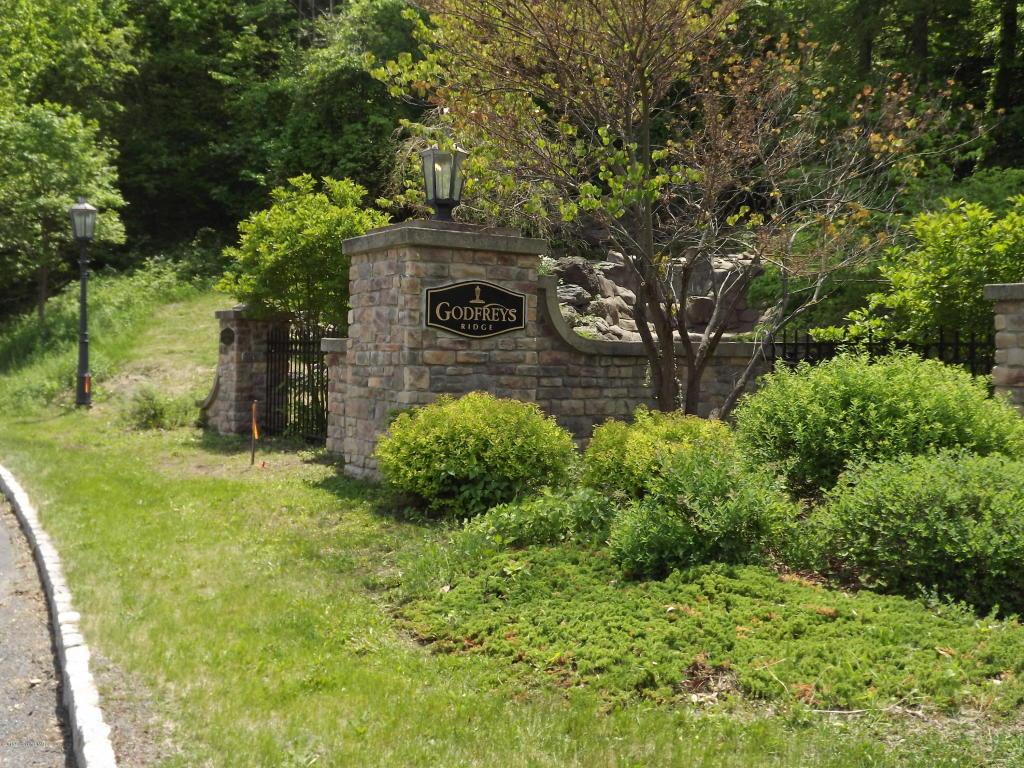 Godfreys Gate, Stroudsburg, PA 18360