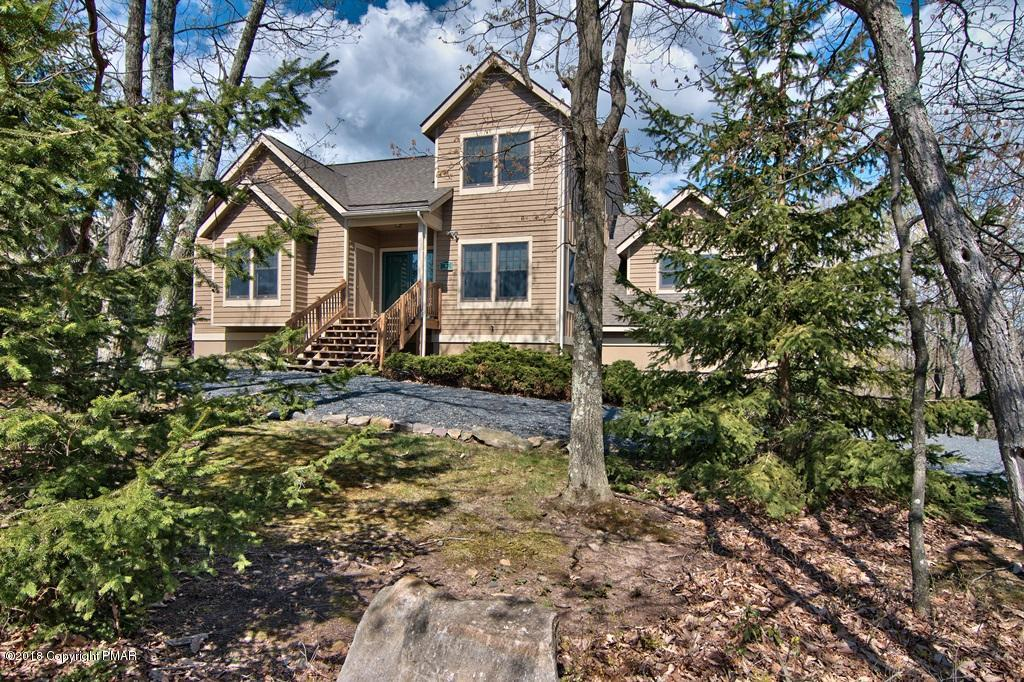 203 Upper Deer Valley Rd, Tannersville, PA 18372