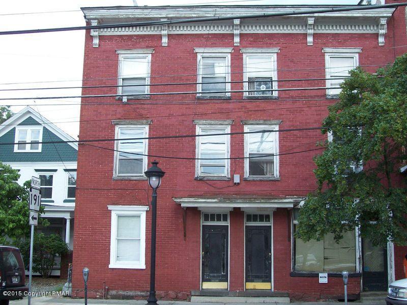 403-2 Main St, Stroudsburg, PA 18360
