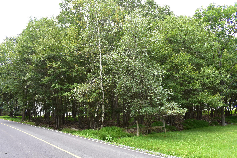 611-612 G North Shore Drive, Albrightsville, PA 18210
