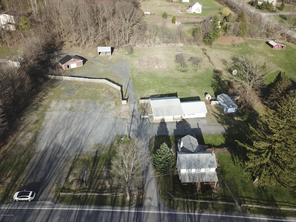 3084 Route 115, Effort, PA 18330