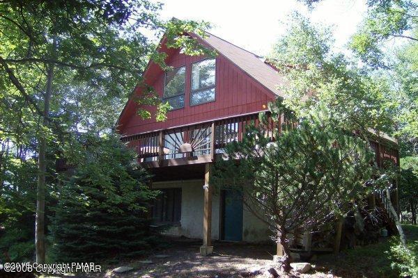 342 Mountain Top Lake Rd, Long Pond, PA 18334